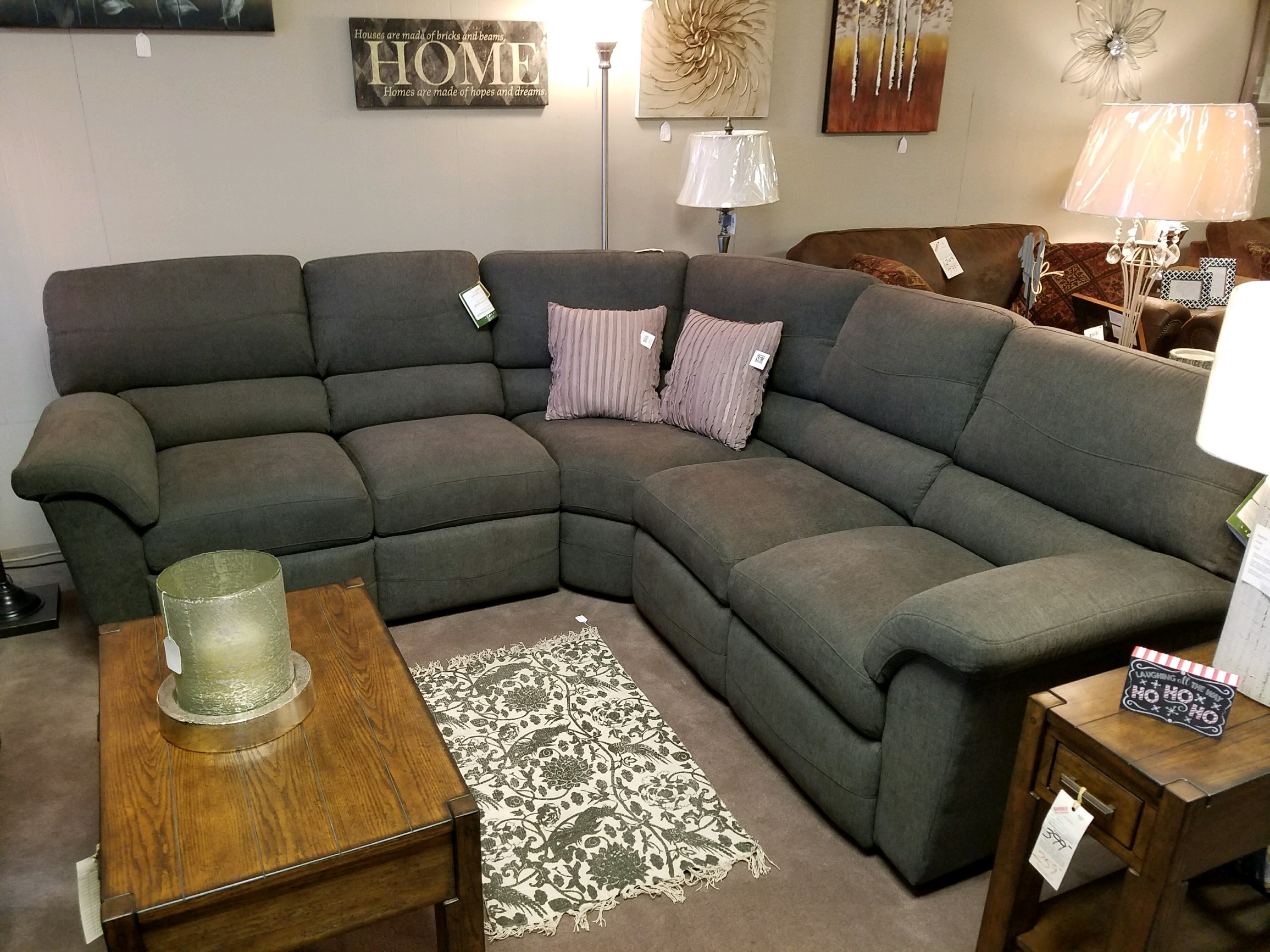 366 La Z Boy Reese Sectional